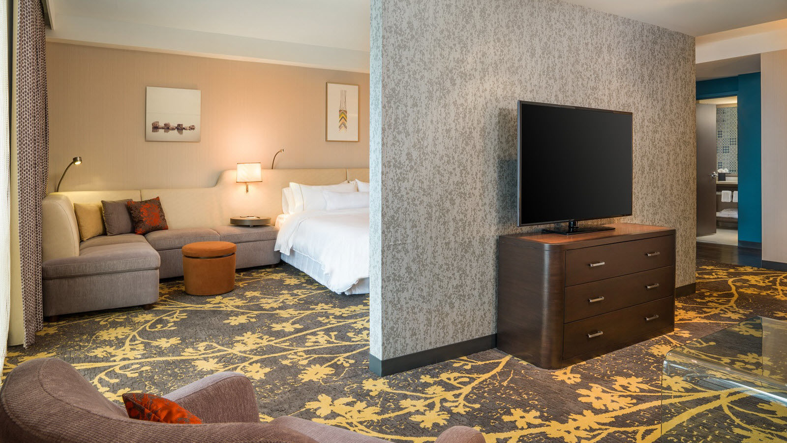Cleveland Accommodations - Junior Suite